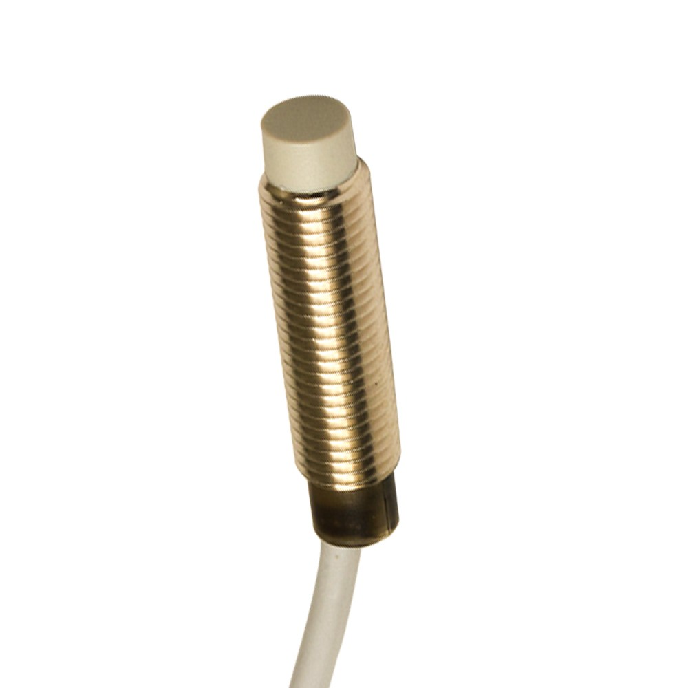 AE6/CN-2A M.D. Micro Detectors Индуктивный датчик, M8 короткий, неэкранированный, NC/NPN, кабель 2м, осевой