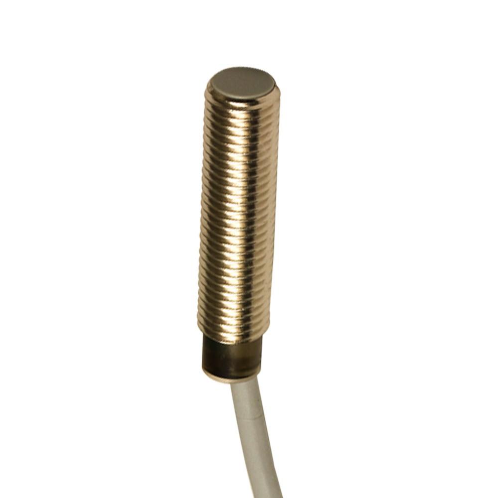 AE6/AP-3A M.D. Micro Detectors Индуктивный датчик, M8 короткий, LD экранированный, NO/PNP, кабель 2м, осевой
