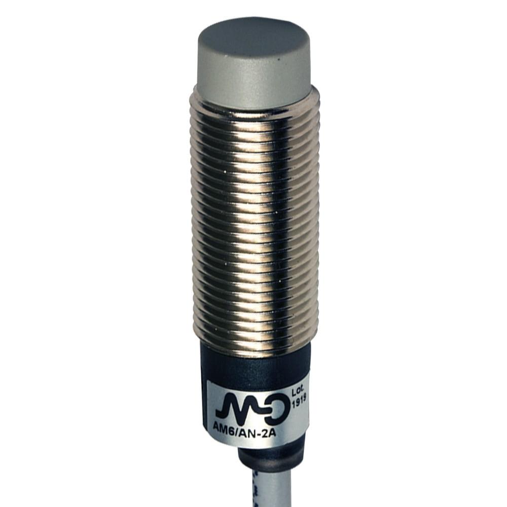 AM6/AN-2A M.D. Micro Detectors Индуктивный датчик M12 короткий, неэкранированный, NO/NPN, кабель 2м, осевой